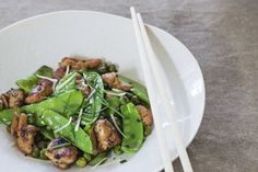 Stirfry chicken with peas and chives recipe, Bite – Get your wok on with this stir fry recipe good for a midweek meal - Eat Well (formerly Bite) Midweek Meals, Weeknight Meals, Chicken Stir Fry, Fried Chicken, Healthy Food, Healthy Eating, Healthy Recipes, Cook Up A Storm, Quick Easy Dinner
