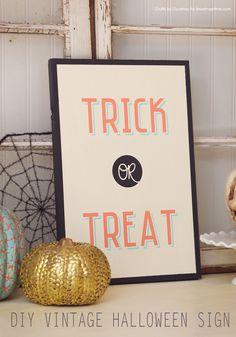 DIY Vintage Wood Halloween Sign! Cute Halloween decor!