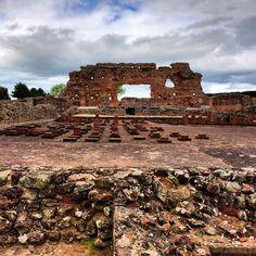 https://flic.kr/p/sBHPF4   Ruins of a roman city.. #upsticksandgo #tourist #travel #explore #wroxeterromancity #englishheritage #history #telford #unitedkingdom #michfrost