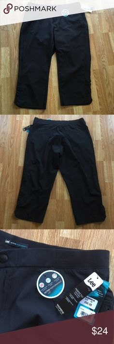 Lee Active Performance Pants Lee Active Performance Capri Pants   Flatters fuller figures. Size 16W. 89% Polyester 11% Spandex.  New with tags!! Any questions please ask. Thank You 😊 Lee Pants Capris