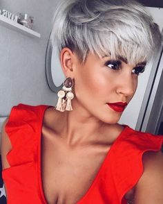 most stylish and sexy hairstyles with bangs! - most stylish and sexy hairstyles with bangs! Pixie Hairstyles, Pixie Haircut, Hairstyles With Bangs, Cool Hairstyles, Short Grey Hair, Short Hair Cuts, Blue Grey Hair, Pixie Cuts, Gray