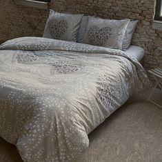 Povlečení na postel pro romantiky Comforters, Duvet Covers, Nova, Vintage Fashion, Blanket, Bed, Furniture, Home Decor, Style