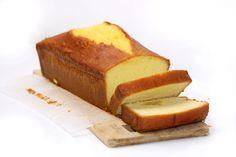 La recette ultime du Cake au Citron [Pierre Hermé] : un cake moelleux, pas sec du tout, et très équilibré en citron et très facile à faire
