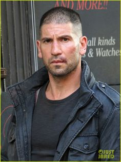 A Much Better Look At Jon Bernthal As 'The Punisher' On The Set Of DAREDEVIL Season 2