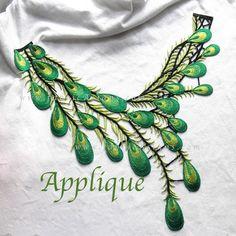 Applique brodé vert motif plume de paon. LA100019 : Déco, Customisation Textile par fabricasians