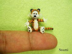Miniaturas de animais feitas em crochê, pela empresa vietnamita SuAmi - Tigre em crochê