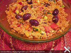 """Weizengrütze - Salat aus Bulgur (""""Kisir""""), ein raffiniertes Rezept aus der Kategorie Gemüse. Bewertungen: 2. Durchschnitt: Ø 3,8."""