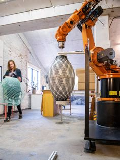 A Lamp Made with the Help of a Robot - Design Milk Fabrication Tools, Digital Fabrication, Robotic Welding, Industrial Robots, Industrial Design, Cnc, 3d Printing Business, 3d Printer Designs, Wood Carving Designs