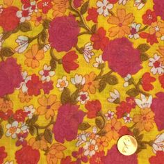 Floral Fabric / Retro Floral Fabric / Vintage by GoldenDaffodils