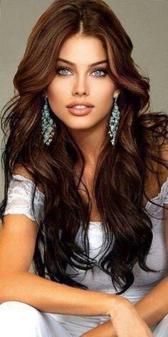 Most Beautiful Eyes, Stunning Eyes, Gorgeous Eyes, Gorgeous Women, Beautiful Figure, Brunette Beauty, Hair Beauty, Belle Silhouette, Stunning Brunette