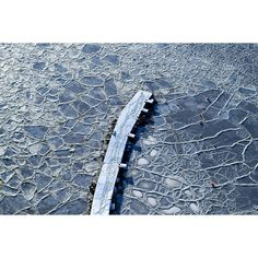 "Fantastic photo by @ma_benja  ""#pier #brygge #sprekker #cracked #sea #ice #winter #vinter #frozen #snow #snø #nrktelemark #visittelemark #yrno #2vær #ilovenorway #vghelg #utno…"""