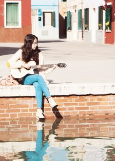 A Girl and her Guitar - IU