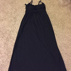 Black maxi dress Black Maxi dress, length from armpit on down 44 inches, 15 inches from armpit to armpit, has some stretchy on top, light padded on bust. Allison Brittney Dresses Maxi