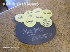 A quick and easy St. Patrick's Day idea for your classroom. St. Patrick's Day Pot O' Treasures Outline. From A Modern Teacher. Free resource!
