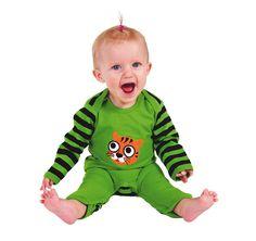 Week 4 outfit van de week! Mooi groen en heerlijk om in te spelen! Via blijkinderkleding #babykleding #sale #green #groen goedkopeonlinekleren.nl