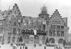 1947 nachdem der Römer in Trümmern lag, Kriegsschäden.