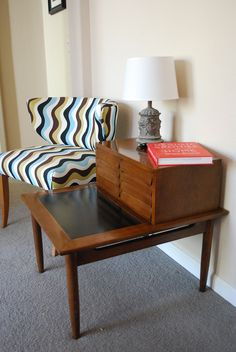 Vintage Mid Century Modern End Table American of Martinsville.