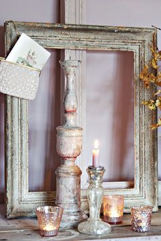Shabby Chic Decor ● Mantle Decor minus the purse Shabby Chic Bedrooms, Shabby Chic Homes, Shabby Chic Style, Vintage Frames, Vintage Mantle, Vintage Display, Shabby Chic Kitchen, Shabby Vintage, Home Decor Accessories