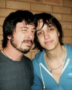 Julian Casablancas and Dave Grohl (I have this picture multiple times on my board cause I love it so freaking much)