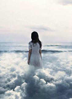 Sürreal Fotoğraf: Hayal Dünyanızın Kapısını Aralayın | Gizushka
