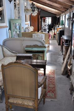 can't help myself _ i really like these old stuff, flea markets , second hand antique in Paris