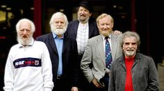 The Dubliners l to r: Eamonn Campbell, John Sheahan, Barney McKenna, Séan Cannon, Patsy Watchorn (photo by Jim McCann) Passion Music, Folk Bands, Dutch Women, Irish Singers, Love Ireland, England Ireland, Celtic Music, Irish Traditions, Music