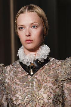 Défilé Valentino: Haute Couture automne-hiver 2016-2017