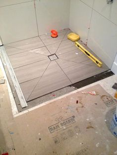 Using Diagonal Cuts to slope your shower floor - Planning Guide Bathroom With Shower And Bath, Glass Tile Shower, Shower Floor Tile, Large Shower, Shower Base, Bathroom Design Luxury, Bathroom Design Small, Pinterest Bathroom Ideas, Shower Plumbing