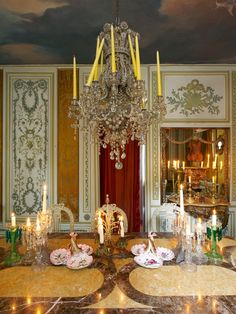 Dining Room - 19th century Belgium home of Stage and Costume Designer, Thierry Bosquet. Entra Magazine May June 2012
