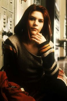 """Angela Chase, My So-Called Life    Teenage angst —if not that whole Jordan Catalano crush — paid off well for Angela Chase, the quintessential '90s high schooler. A little sheer gloss, straight strands, and a fresh face form the base for Angela's style. Toss on a thrifted sweater, turn up some Lemonheads, grab some """"Crimson Glow"""" dye, and you're golden"""