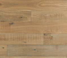 Lake House Flooring Ideas - Classic cottage style flooring in natural looking materials like wide plank white oak, slate and white washed wood.