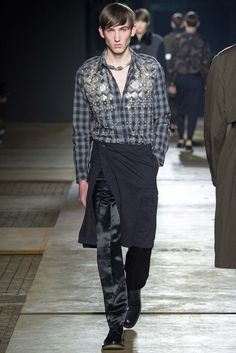 http://www.style.com/slideshows/fashion-shows/fall-2015-menswear/dries-van-noten/collection/16
