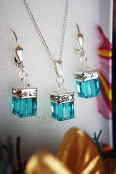 Light Blue Swarovski Crystal Jewelry Set, Light Turquoise Cube Crystal Jewelry Set by PearlTwinkle