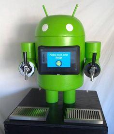 KegDroid, um simpático robozinho que serve cerveja no final do expediente :D