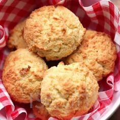 Easy Almond Flour Biscuits Recipe | Yummly