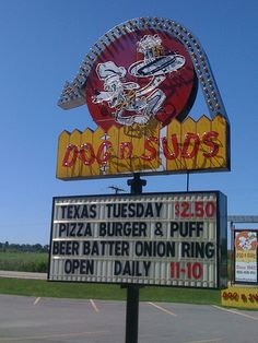 Texas Tuesday Dog n Suds Sign! Childhood memories...
