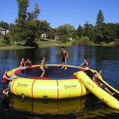 25' Giant Jump Water Trampoline