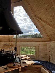 straight wall BBQ hut with glass roof panels Pergola Carport, Pergola With Roof, Patio Roof, Pergola Plans, Diy Pergola, Pergola Kits, Pergola Ideas, Wedding Pergola, Steel Pergola