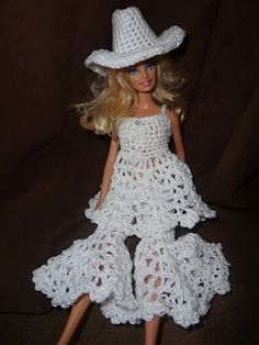 Niftynnifer's Crochet & Crafts: Free Crochet Patterns http://www.ravelry.com/patterns/library/barbee-country-girl--fits-barbie-dolls
