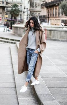 Camel Coat outfits are a modern classic, and the best way to stay warm, chic, sexy, and sophisticated this winter. Though Camel Coats has been a fashi. Source by remaselena casual Oversize Mantel, Oversized Coat, Mode Outfits, Fashion Outfits, Womens Fashion, Fashion Trends, Fashion 2018, Sport Fashion, Manteau Camel Oversize