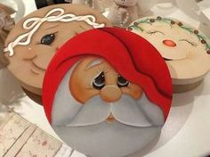 Pin by Teena Goff on Decorative painting Painted Christmas Ornaments, Hand Painted Ornaments, Wood Ornaments, Christmas Decorations, Santa Ornaments, Christmas Rock, Christmas Signs, Christmas Pictures, Christmas Balls