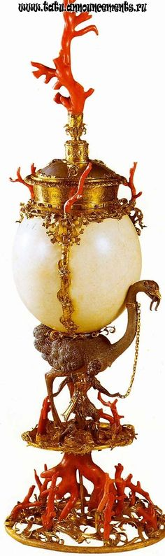 Ostrich Egg with Gold and Coral I want it. I don't know where I'd put it, but I want it.