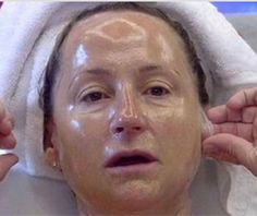 61 Woman From Manila Discovers How to Get Rid of Wrinkles Without Botox Beauty Care, Beauty Hacks, Beauty Tips, Diy Beauty, Beauty Products, Prévenir Les Rides, Baking Soda Benefits, Unwanted Hair, Wrinkle Remover