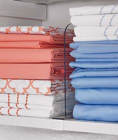 8 really smart and easy linen closet organization ideas: 8 Smart Small Linen Closet Organization Ideas