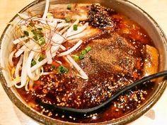 宗のシビカラらぁめん旨辛宇宙 at 中目黒  850円  激辛/爆辛から選べるので爆辛をチョイス。粘度のある辛みそが 真っ赤なスープの上にオン。  中国産唐辛子+韓国産唐辛子+中国の山椒に舌がピリピリ。