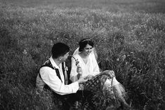 Andreea-Cezar-traditional romanian wedding_land of white deer (103)