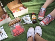 ej had this picnic on june 15,2016 and im sure it was lovely,i want to go on a picnic with my friends