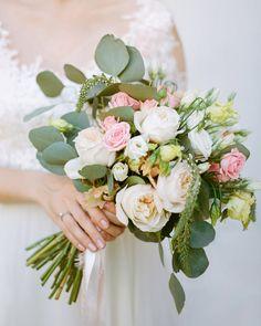 букет, свадьба, эко свадьба, итальянская свадьба, пионовидная роза, растрепанный букет, зелень, невеста, Евгения