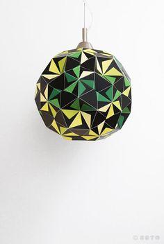 Lampara de papel. Dodecaedro negro y verde por ZETAestudiotaller