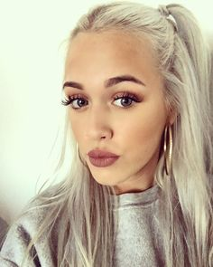 Lottie Tomlinson's Brand-New Glittery Pink Hair Is the Definition of Goals